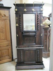 Alte Garderobe zu verkaufen