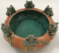 VTG MAJOLICA STYLE ART POTTERY CERAMIC BOWL PLANTER FROGS LILY PAD BAMBOO