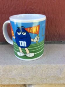 VINTAGE NOS COFFEE MUG #016- 2003 M&M's Football #1 Fan Blue Green