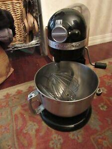KitchenAid Professional 6 Quart 590W Bowl-Lift Stand Mixer black