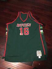 Bob Lanier Mitchell & Ness Milwaukee Bucks Jersey size 60