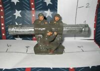 Rare Lead Toy 3 SOLDIERS holding HUGE BAZOOKA or SUPER GUN Xmas Special 50% OFF