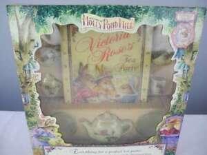 1997 Holly Pond Hill VICTORIA ROSES'S TEA PARTY Tea Set & Book NIP