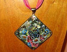 Original Pintado a mano ruso mariposa azul & Flowwrs Concha Abalon colgante