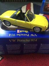 1/18 Scale 1969/1975 VW Porsche 914 by Revell