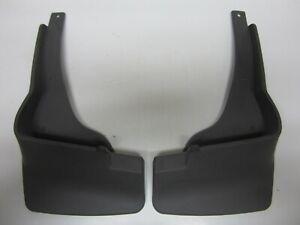 2006-2008 Pontiac Vibe GT Front Molded Splash Guards Black Gray NOS 12499855