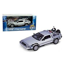 WELLY Delorean Time Machine Back to The Future 2 1/24 Ss1