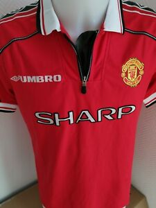 superbe maillot  de football manchester united  taille S UMBRO vintage 99/00