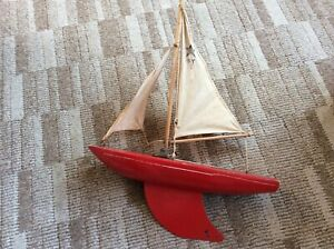 Vintage Star Model Yacht In Red SY2 BIRKENHEAD MADE IN ENGLAND