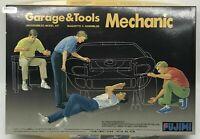 Fujimi Garage Tools Mechanic 1/24 Scale Car Plastic Model Kit Display PM931