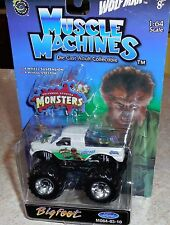 MUSCLE MACHINES Universal Studios WOLFMAN Bigfoot Monster Truck Mosc 64-03-10