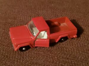 Vintage Lesney Matchbox Jeep Gladiator Pickup #71 Red -