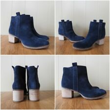 New Clarks Movie Fiesta Women's Navy Blue Suede Ankle Boots UK size 6.5