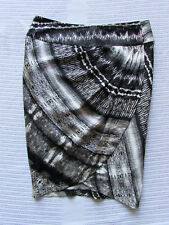 Country Road Size 6 Black Beige Print Hammered Silk Wrap Tulip Pencil Skirt