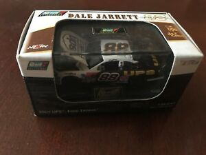 Dale Jarrett #88 UPS 2001 Ford Taurus 1/64 Revell NIB NASCAR