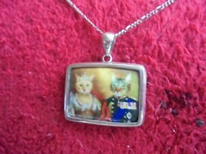 Lovely Silver Cat King & Queen Pendant And Chain