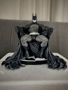 DC Collectibles Batman Black and White Statue by Marc Silvestri 0714/5000 RARE!