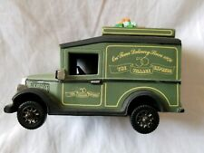 Department 56 Heritage Delivery Truck