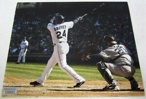 Ken Griffey Jr Seattle Mariners signed autographed 8x10  Photo