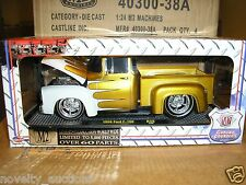 S15 40300 38A M2  GROUND POUNDERS 1956 56 FORD F 100 PICK UP TRUCK  1/24