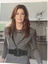 GENUINE HAND SIGNED DANA DELANEY PHOTO