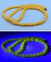 Vintage Art Deco Yellow URANIUM VASELINE Glass Oval bead Collar Length Necklace