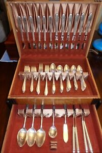 Large 101 Pc Vintage Set Wm Rogers & Son GARDENIA 1941 SilverPlate Flatware