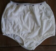 NEW TAIL ball shorts.  2 pockets size 5 nylon with cotton lining