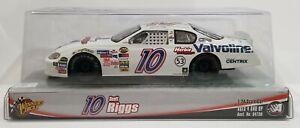 2005 Winner's Circle NASCAR #10 Scott Riggs Herbie Fully Loaded Valvoline 1:24
