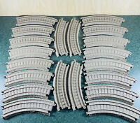 Thomas the Train TRACKMASTER Tan Track Lot Of 20 Curved Pieces