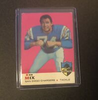 1969 Topps #99 Ron Mix San Diego Chargers Football Card