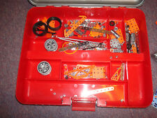 Meccano Erector set with CARRY CASE.  15 Multimodels, Airplane, car - mod R10969