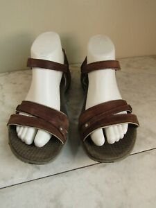Merrell Dahlia MicroFiber Womens Brown Leather Strappy Sandal Shoes Size 8 EU 39