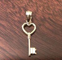 14K YELLOW GOLD POLISHED HEART KEY CHARM  PENDANT  0.9 INCH  0.5 GRAMS