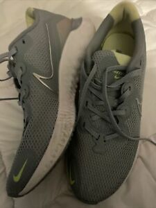 Nike Renew Run Gray Metallic Athletic Running Shoes CK6360-400 Womens Size 9 Exc