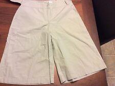 Newport News 100% cotton ladies size 8 light mint green color knee length
