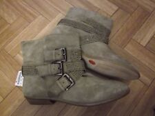Boots cloutées ZARA beige cuir de nubuck T.41 NEUVES!