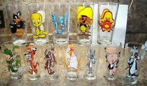 12 Different 1973 Warner Brothers Pepsi Looney Tunes Glasses, Black Letters only