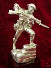 WW1 Figure 'Bayoneting over Parapet'