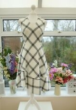 STUNNING KAREN MILLEN IVORY BLACK & GREY CHECK FIT & FLARE ASYMMETRIC DRESS 10