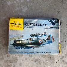 Curtis 75 A3 HELLER MUSEE Model Kit 1/72 Scale 1960s PARTS SEALED France Vintage