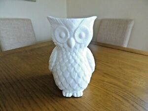 M&S tall owl vase