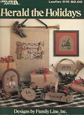HERALD THE HOLIDAYS VINTAGE CROSS STITCH PATTERN LEAFLET FOREST ANIMAL CHRISTMAS