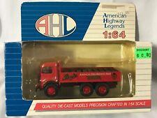 AHL Trucks - Mack Model CJ STROH'S - 1:64 NIP