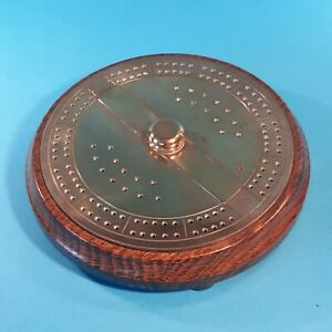 CIRCULAR BRASS & WOOD CRIBBAGE BOARD  (  CRIB ROUND