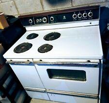 Vintage General Electric Ge Range Stove Broiler Oven