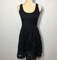 Women's BANANA REPUBLIC BLACK FLORAL LACE FIT & FLARE SLEEVELESS DRESS Size 4