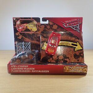 Disney Pixar Cars 3 Crazy 8 Crashers 2-Pack - APB and Lightning McQueen