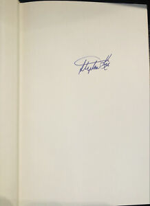 Stephen King *SIGNED* The Girl Who Loved Tom Gordon Book Beckett BAS Review
