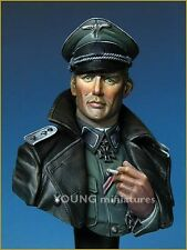 Young Miniatures German WSS Officer WW2 YM1811 1/10th Unpainted resin Bust